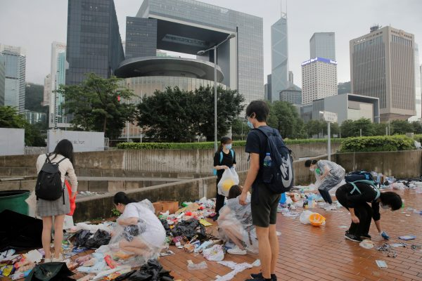 Students cleaning after Hong Kong protest