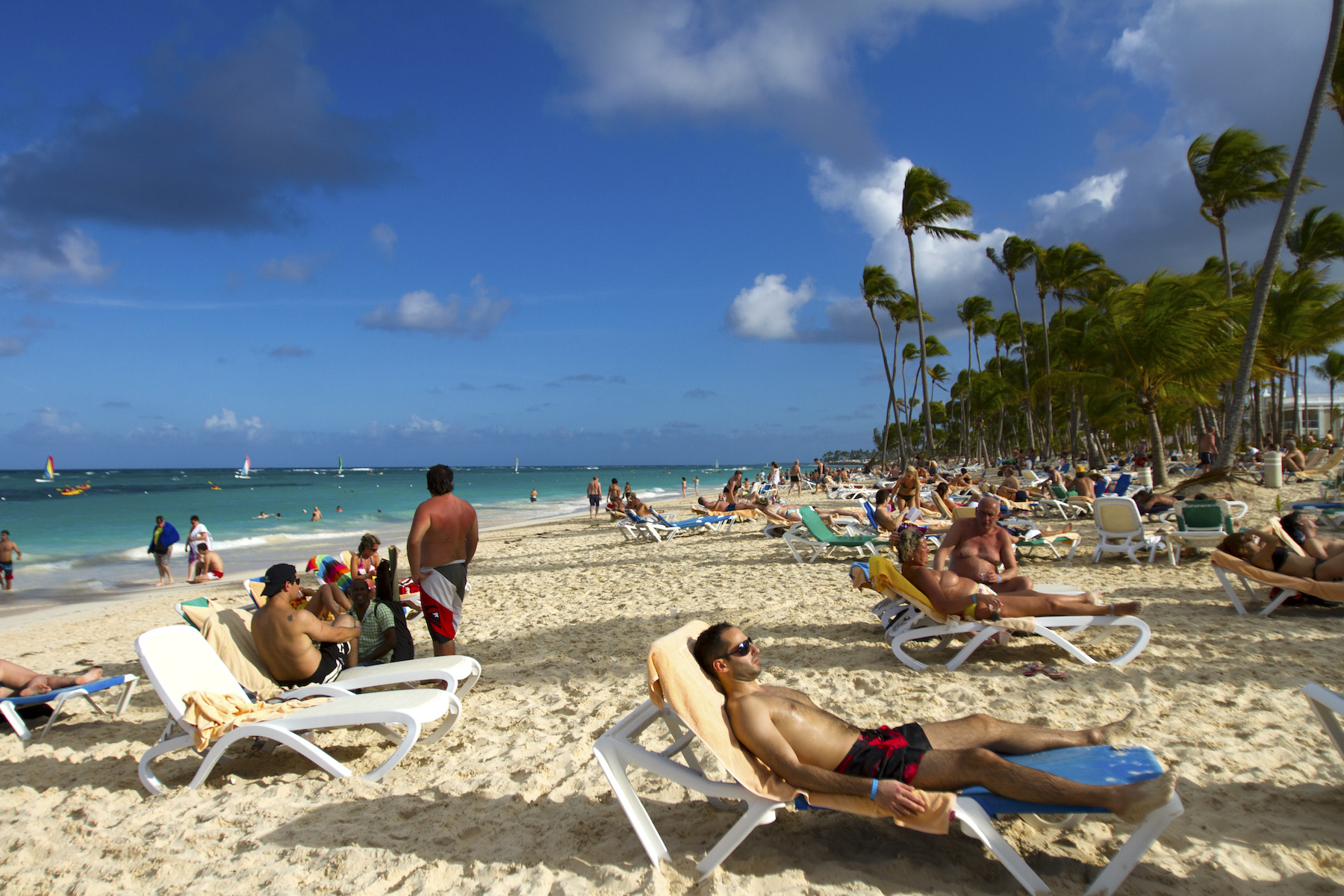 Report: Counterfeit Alcohol Eyed as Cause of American Tourist Deaths in Dominican Republic