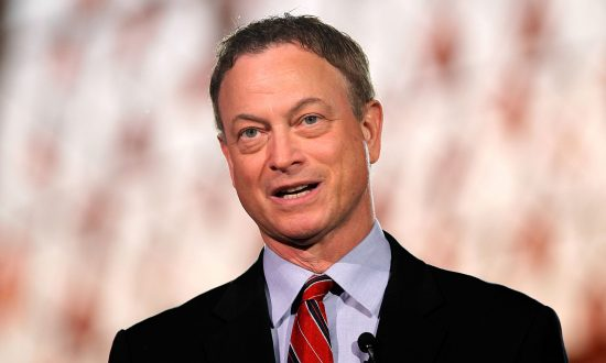 Gary Sinise Gives US Army Vet a Free Smart Home After Losing Both Legs in Afghanistan