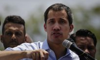 Venezuelan Leader Opens Investigations Into Alleged Embezzlement of Funds Intended for Military Deserters