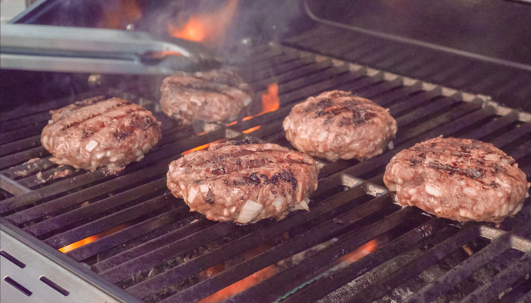 What Happens When You Put Ice Cubes on Burgers? A Master Chef's Secret Is Revealed