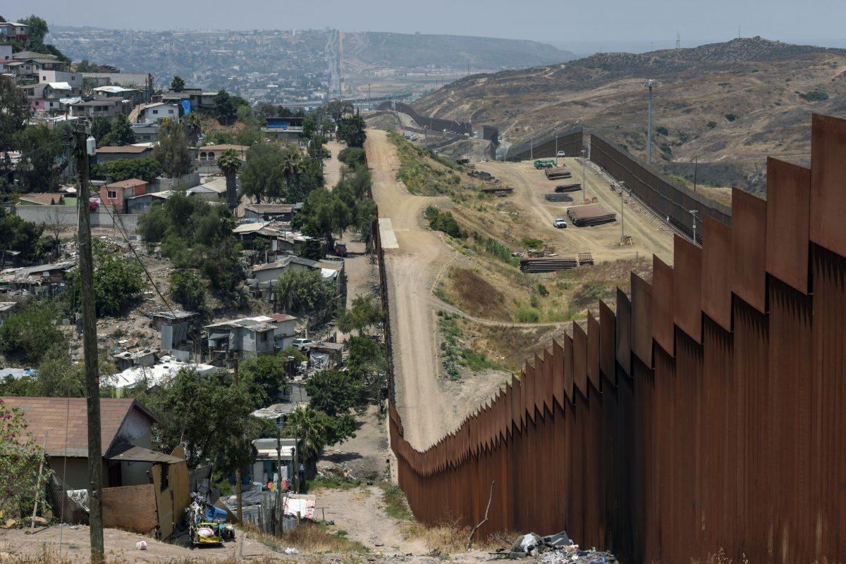 CBP Completes 50 Miles of New Border, 50 More Underway