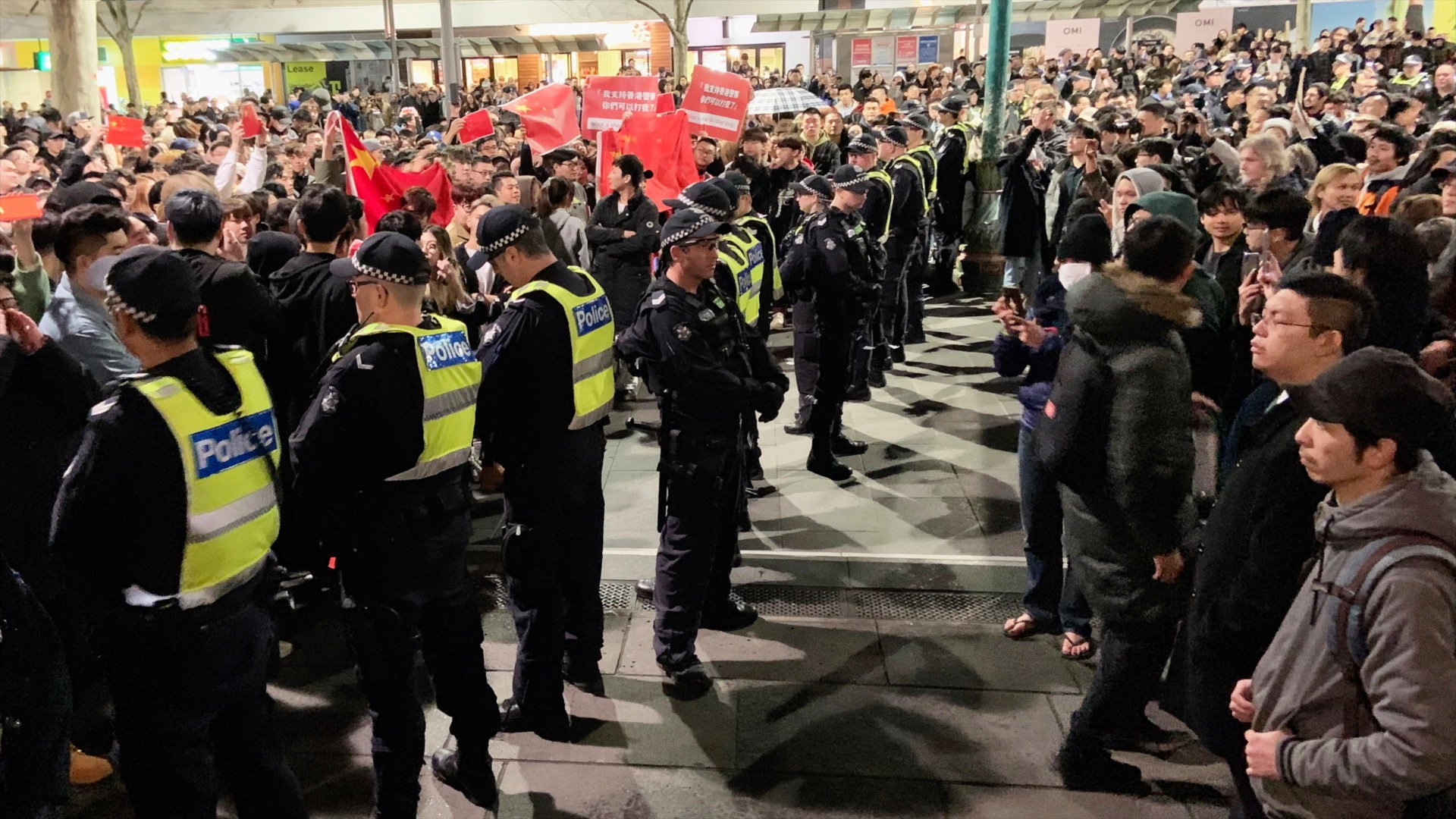 Hong Kong Protest in Melbourne Turns Violent as Pro-Beijing Demonstrators Seek to Silence Protesters
