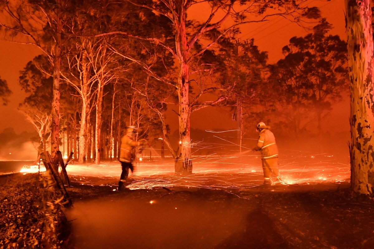 Canberra Fires: Terrifying Wall of Flames Heads Toward City