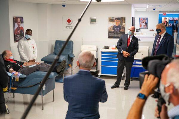 trump at red cross